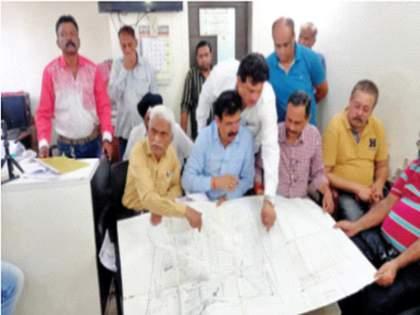 Blow to Kisannagar cluster; 380 buildings in Srinagar were omitted | किसननगर क्लस्टरला झटका; श्रीनगरच्या ३८० इमारती वगळल्या, संघर्ष समिती आक्रमक