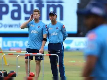 IPL 2021 Suspended : Australian players set for IPL exodus to the Maldives, There are close to 40 Australians in the IPL bubble   IPL 2021 Suspended : ऑस्ट्रेलियाच्या खेळाडूंना मायदेशात जाण्यासाठी घ्यावा लागतोय मालदिवचा आसरा, जाणून घ्या कारण