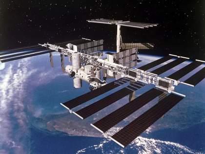 Close call! ... then a Chinese rocket would have hit the International Space Station: American Scientist | क्लोज कॉल!...तर पृथ्वीवर येताना चीनचे रॉकेट आंतरराष्ट्रीय स्पेस स्टेशनवर आदळले असते