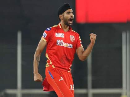 IPL 2021, PBKS Vs RCB T20 Match Highlights : Excellent bowling performance by Punjab Kings, disappointing batting performance by RCB | IPL 2021, PBKS Vs RCB T20 Match Highlights : ७ चेंडू... विराट, मॅक्सवेल व एबीची विकेट...; २५ वर्षीय हरप्रीत ब्रार ठरला गेम चेंजर!