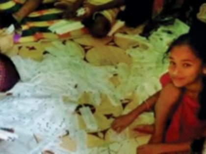 Stick packing of RTPCR takes place in slums   धक्कादायक ! आरटीपीसीआरचे स्टिक पॅकिंग होतातझोपडपट्टीत