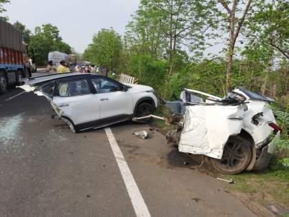 Two car wrecks, three women killed in horrific accident in nagpur   भीषण अपघातात कारचे दोन तुकडे, तीन महिलांचा मृत्यू