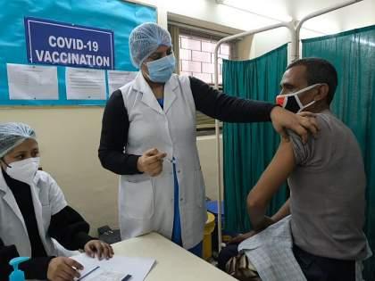 Vaccination slot hacked in Thane, common man troubling due to politicians | ठाण्यात लसीकरणाचे स्लॉट हॅक, राजकारण्यांमुळे सामान्यांचे; कोविन ॲपमध्ये छेडछाडीची शक्यता