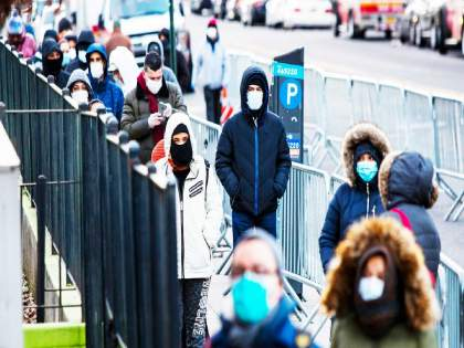 Coronavirus: Corona patient increase in Britain, USA The situation worsened in Indonesia, Brazil | Coronavirus: ब्रिटन, अमेरिकेत कोरोनाचे रुग्ण वाढू लागले;इंडोनेशिया, ब्राझीलमध्ये परिस्थिती बिघडली