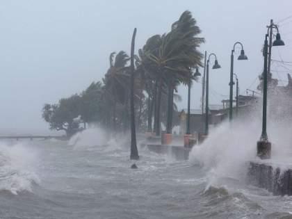 Cyclone Tauktae Live Updates heavy rains in kokan will hit mumbai also   Cyclone Tauktae Live Updates: तौत्के चक्रीवादळ गुजरातच्या किनाऱ्याला धडकलं; अहमदाबादमध्ये वादळी वाऱ्यासह तुफान पाऊस