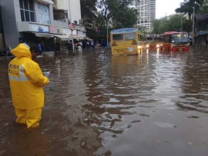 Positive Story: Corona, Hurricane and Humanity in Tardeo police | पॉझिटिव्ह स्टोरी: ताडदेवमध्ये कोरोना, चक्रीवादळ आणि माणुसकी