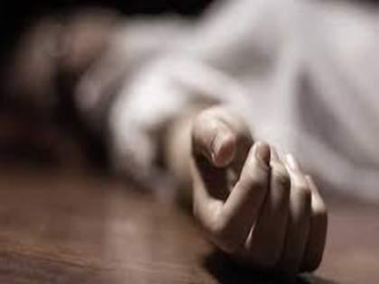 Suicide by strangulation of father who depressed with child's death | मुलाच्या मृत्यूने खचलेल्या पित्याची गळफास घेऊन आत्महत्या