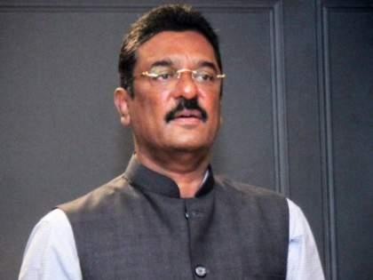 BJP accuses ShivSena MLA Pratap Sarnaik of being Matoshri; Proclamation about finding MLA | प्रताप सरनाईक मातोश्रीवर असल्याचा भाजपाचा आरोप; आमदारांना शोधून देण्याबाबत घोषणाबाजी