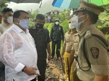 Announce state rehabilitation policy; Vijay Vadettivar's announcement after inspecting the flood-hit area | Flood: राज्याचे पुनर्वसन धोरण जाहीर करणार; मदत व पुनर्वसन मंत्री विजय वडेट्टीवारांची घोषणा