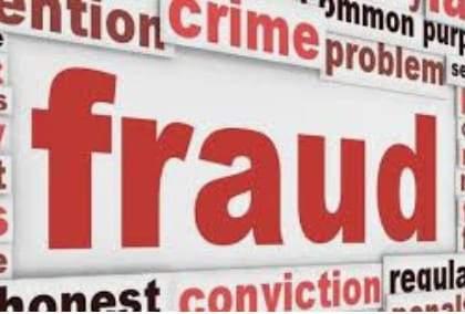 1.60 lakh cheated from relatives of Corona patient in Nagpur   नागपुरात कोरोना रुग्णाच्या नातेवाईकाची फसवणूक : १.६० लाख हडपले
