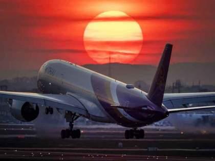 CoronaVirus: international passenger flights remain closed till 14th April hrb | CoronaVirus: आंतरराष्ट्रीय विमानांचे उड्डाण जमिनीवर; मोदी सरकारचा निर्णय