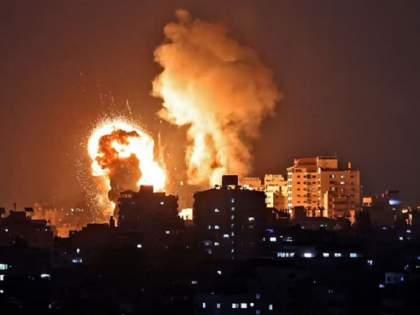 20 Palestinians including 9 children killed as Israel strikes Gaza amid days of spiralling violence | इस्रायलकडून गाझा पट्टीवर हवाई हल्ला, लहान मुलांसह २० पॅलेस्टिनी नागरिकांचा मृत्यू