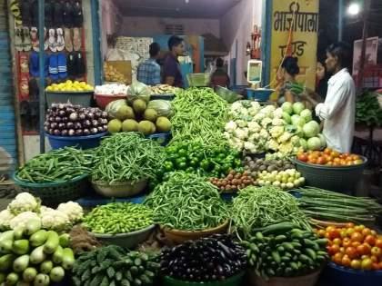 Vegetable prices go up in Mumbai   मुंबईत भाजीपाल्याचे दर वाढले, आवक झाली कमी; फरसबी, शेवगा, दोडका, घेवडा शंभरीच्या पुढे