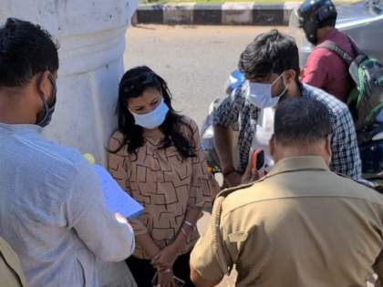 50 unmasked tourists fined in Panaji; Municipal action   पणजीत विना मास्क फिरणाऱ्या ५० पर्यटकांना दंड; महापालिकेची कारवाई