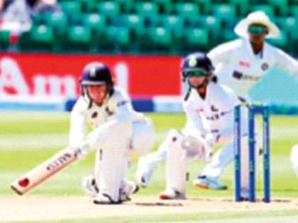England's good start against India women test match | इंग्लंडची भारताविरुद्ध शानदार सुरुवात