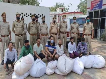 Gang busted who selling stolen shroud from dead bodies in up baghpat seven arrested | धक्कादायक! मृतदेहावरचं कफन चोरून लोकांना विकणाऱ्या टोळीचा पर्दाफाश; ७ जणांना अटक