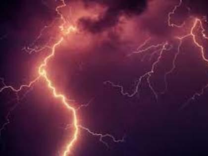 An old man died by lightning in Alegaon | आलेगावात वीज कोसळून वृद्धाचा मृत्यू