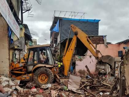 Mumbai Building Collapse 11 dead 7 injured as residential building collapses in Malad West | Mumbai Building Collapse: मुंबई इमारत दुर्घटनेतील मृतांची नावं; दीड वर्षाच्या बालिकेसह ८ मुलांचा समावेश