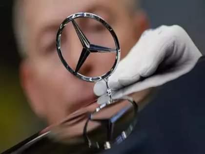 HCLs big incentive for top performer employees A brand new Mercedes Benz car   टॉप परफॉर्मरला मिळणार Mercedes Benz कार; देशातील 'या' मोठ्या कंपनीची कर्मचाऱ्यांसाठी खुशखबर