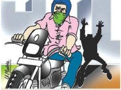 Pimpri bike theft gang busted; Vehicles seized from Jalgaon, Madhya Pradesh | पिंपरीतील दुचाकीचोरी करणाऱ्या टोळीचा पर्दाफाश ; जळगाव, मध्यप्रदेशातून वाहने केली जप्त