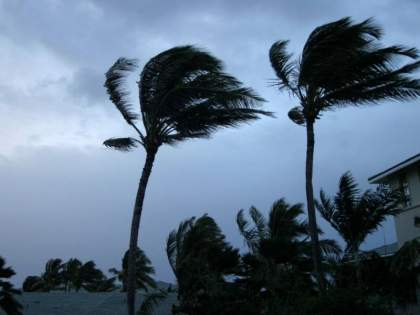 tauktae cyclone Danger increased transform into extremely severe   Tauktae Cyclone: धोका वाढला! तौत्के चक्रीवादळाचे रुपांतर अति जास्त तीव्र चक्रीवादळात