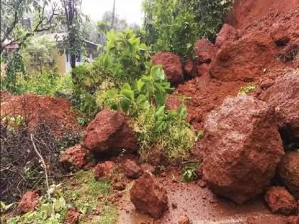 30 houses collapsed due to landslide in raigads Mahad 70 people might stucked | मोठी बातमी! महाडमध्ये ३० घरांवर दरड कोसळली; ७० जण अडकल्याची भीती