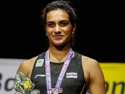 P V Sindhu won bronze medal in tokyo olympic her inspiring reaction after winning a medal | P V Sindhu: 'लढाई संपलेली नाही, आता लक्ष्य पॅरिस ऑलिम्पिक!', टोकियोत पदक जिंकल्यानंतर सिंधूची प्रेरणादायी प्रतिक्रिया