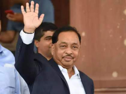 Bjp mp narayan rane flies to delhi might get ministry in modi cabinet   शिवसेनेवर बरसणाऱ्या राणेंना पंतप्रधान मोदींकडून स्पेशल गिफ्ट? दिल्ली भेटीनं चर्चांना उधाण