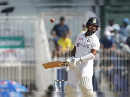 IND vs ENG, 2nd Test : BCCI confirmed that Cheteshwar Pujara won't be fielding today as he was hit on the hand while batting on Day 1   India vs England, 2nd Test : टीम इंडियाची चिंता वाढवणारी बातमी; दुखापतीमुळे प्रमुख फलंदाज मैदानाबाहेर!