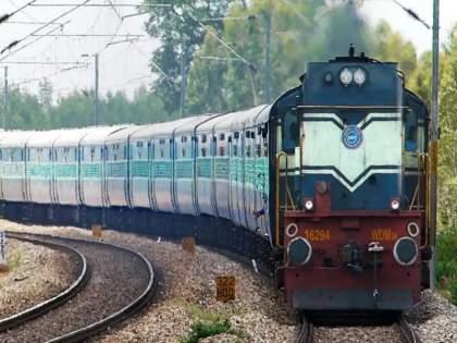 Pune-Mumbai train service to start? Chief Commercial Manager's circular goes viral on social media | पुणे-मुंबई दरम्यान रेल्वेसेवा सुरू होणार? मुख्य वाणिज्य व्यवस्थापकांचे परिपत्रक 'व्हायरल'