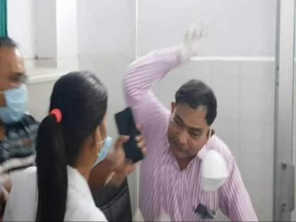 Rampur district hospital doctor BM Nagar mysterious death   धक्कादायक! ज्या डॉक्टरने नर्सला मारलं होतं, त्या डॉक्टरचा मृतदेह संशयास्पद स्थितीत घरात आढळला...