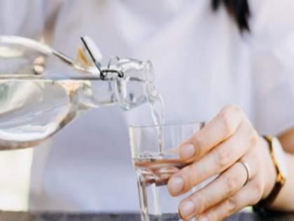 Do not accidentally eat 'this' food after drinking water; The consequences can be fatal   पाणी प्यायल्यानंतर चूकूनही खाऊ नका 'हे' पदार्थ; परिणाम ठरतील घातक