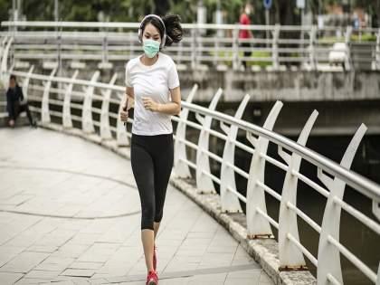Is it right or wrong to use a mask while jogging? See what the experts say   जॉगिंग करताना मास्क वापरणं योग्य की अयोग्य? पाहा तज्ज्ञ काय सांगतायत
