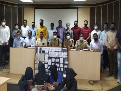 Robbery in the Lonavala after Rumors spread till Madhya Pradesh about 'that' doctor   'त्या' डॉक्टरकडे मोठं घबाड असल्याची अफवा पोहचली थेट मध्यप्रदेशापर्यंत, चोरटयांचा दरोडा लोणावळ्यात