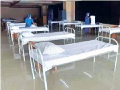 Half of the beds for Corona patients in municipal, private hospitals are empty | पालिका, खासगी रुग्णालयात काेराेना रुग्णांसाठीच्या निम्म्या खाटा रिकाम्या