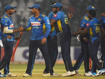 Sri Lankan players threaten to retire before series against India | भारताविरुद्ध मालिकेआधी श्रीलंकेच्या खेळाडूंनी दिली निवृत्तीची धमकी