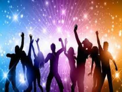 Dance party at Sinhagad foothills hotel in Pune; Crimes filed against 11 persons | पुण्यातील सिंहगड पायथ्याच्या हॉटेलमध्ये डान्स पार्टी; ११ जणांवर गुन्हा दाखल