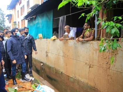 "Last 9 Days 11 Minister Visit flood affected area in Konkan, Local People angry on Aditya Thackeray | Flood: ""तुम्ही कधीतरी येता, पर्यावरणमंत्री आहात ना तुम्ही, कोकणात काय चाललंय बघा जरा"""