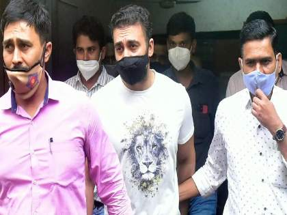 Raj Kundra: Secret vault found in Raj Kundra's office; New revelation in police investigation   Raj Kundra: खुलासा! राज कुंद्राच्या कार्यालयातआढळलीगुप्त तिजोरी; गैरकारनाम्यांचे 'राज' आता उघड होणार