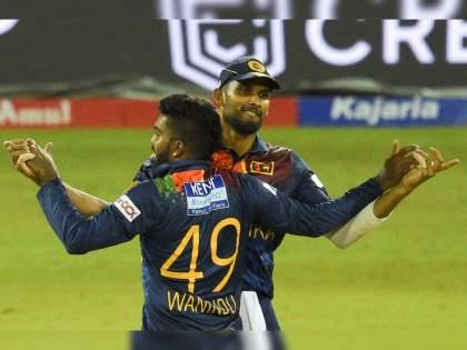 India vs SL 3rd T20I live : Wanindu Hasaranga take 4 wickets, Team India post 81/8 at the end of 20 overs,Kuldeep Yadav is the top-scorer | IND Vs SL 3rd T20I Live : कुलदीप यादवनं सर्वोत्तम धावा करून टीम इंडियाची लाज वाचवली, श्रीलंकेची गाडी सुसाट पळाली