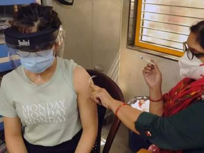 Corona Vaccination: Unplanned Vaccination May Promote Virus Mutation, Health Experts Report | Corona Vaccination: कोरोनातून बरे झालेल्यांना लस देऊ नका, कारण...; पंतप्रधान नरेंद्र मोदींना तज्ज्ञांनी सोपवला महत्त्वाचा रिपोर्ट