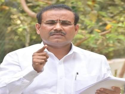 Devendra Fadnavis will be taken to the center for supply of corona vaccines - Rajesh Tope | कोरोना लसींच्या पुरवठ्यासाठी देवेंद्र फडणवीसांना घेऊन केंद्राकडे जाणार- राजेश टोपे