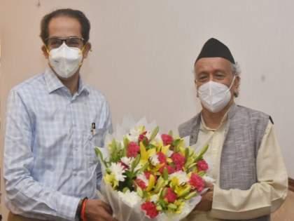Uddhav Thackeray meets Maharashtra Governor Bhagat Singh Koshyari at Raj Bhavan and wished him a happy birthday!   मुख्यमंत्र्यांनी घेतली राज्यपालांची भेट अन् वाढदिवसानिमित्त दिल्या शुभेच्छा!