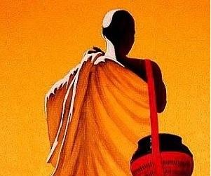 corona's crisis at religious places as well; The Bhikkhu accepted the way back to home life   धार्मिक स्थळांवरही काेराेनाचे संकट; धर्मगुरूंनी स्वीकारला गृह जीवनाकडे परतण्याचा मार्ग