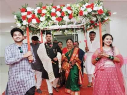 Only 18 people at the wedding of the daughter of a retired chief minister | निवृत्त मुख्याधिकाऱ्यांच्या मुलीच्या लग्नात फक्त १८ माणसे