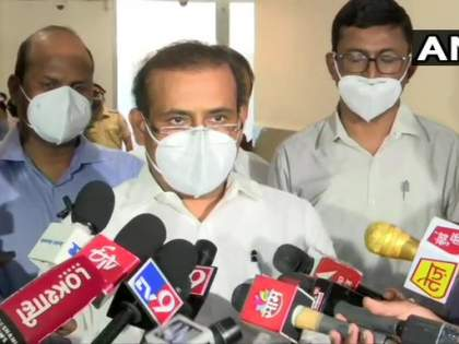Corona vaccination: Vaccination for 18-44 age group has been suspended for the time being due to shortage of vaccines in Maharashtra, big decision of Maharashtra government | मोठी बातमी :१८ ते ४४ वयोगटातील नागरिकांचे लसीकरण तूर्तास बंद, राज्य सरकारचा मोठा निर्णय