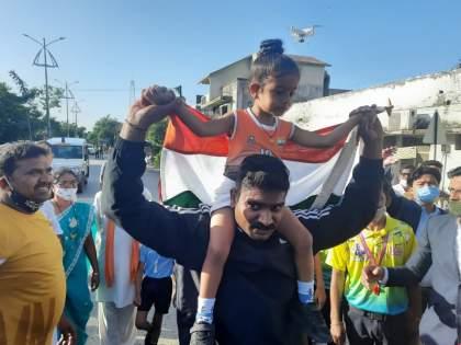 Arya Takone sets new record! 1 km run in 6.1 minutes in wardha   आर्या टाकोनेने रचला नवा उच्चांक! १ किमी धावली ६.१ मिनिटांत