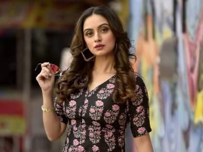 Shruti Marathe is working in the name of this Bollywood actress in Cineindustry, you will be surprised to read her name! | श्रुती मराठे बॉलिवूडच्या या अभिनेत्रीच्या नावाने करायची सिनेइंडस्ट्रीत काम, नाव वाचून व्हाल थक्क!