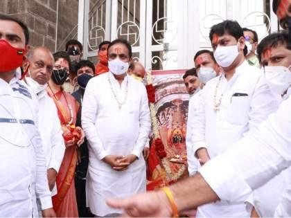 If their 'self-determination' lasts till the end, then Sena-NCP together: Jayant Patil   'त्यांचा' स्वबळाग्रह 'शेवटपर्यंत' टिकला तर सेना-राष्ट्रवादी एकत्र : जयंत पाटील