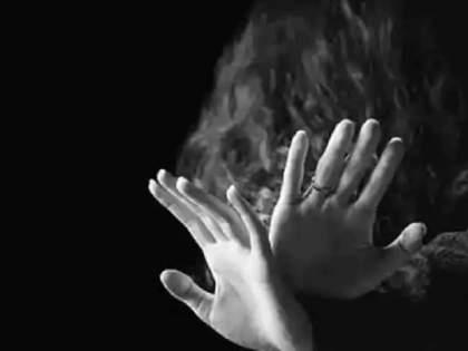 Rape victim gets no justice after 11 months; Attempted suicide in front of IG office   बलात्कार पीडितेला ११ महिन्यांनंतर मिळाला नाही न्याय; अखेर IG कार्यालयासमोर केला आत्महत्येचा प्रयत्न
